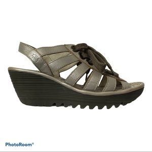 Fly London Yito Silver Wedge Sandal EU 37